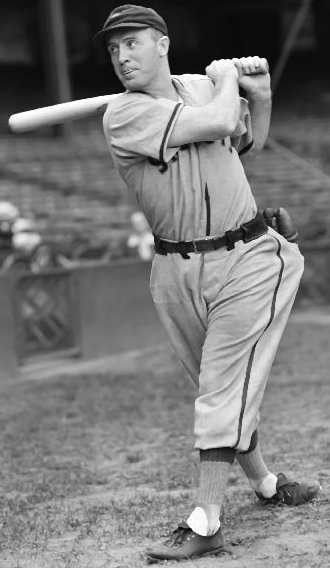 Red Kress poled out two hits, including a homer, and scored twice for the American League.