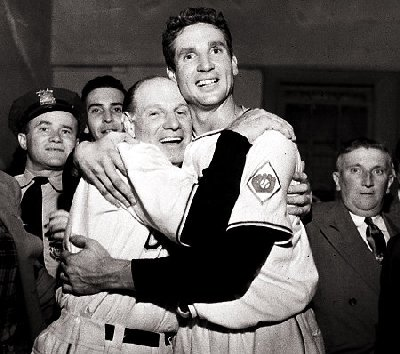 Bobby Thomson (right) and Leo Durocher